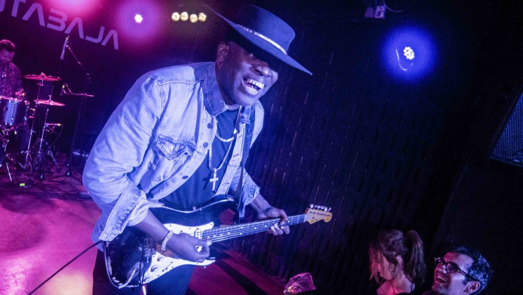 CARVIN JONES_20 copia